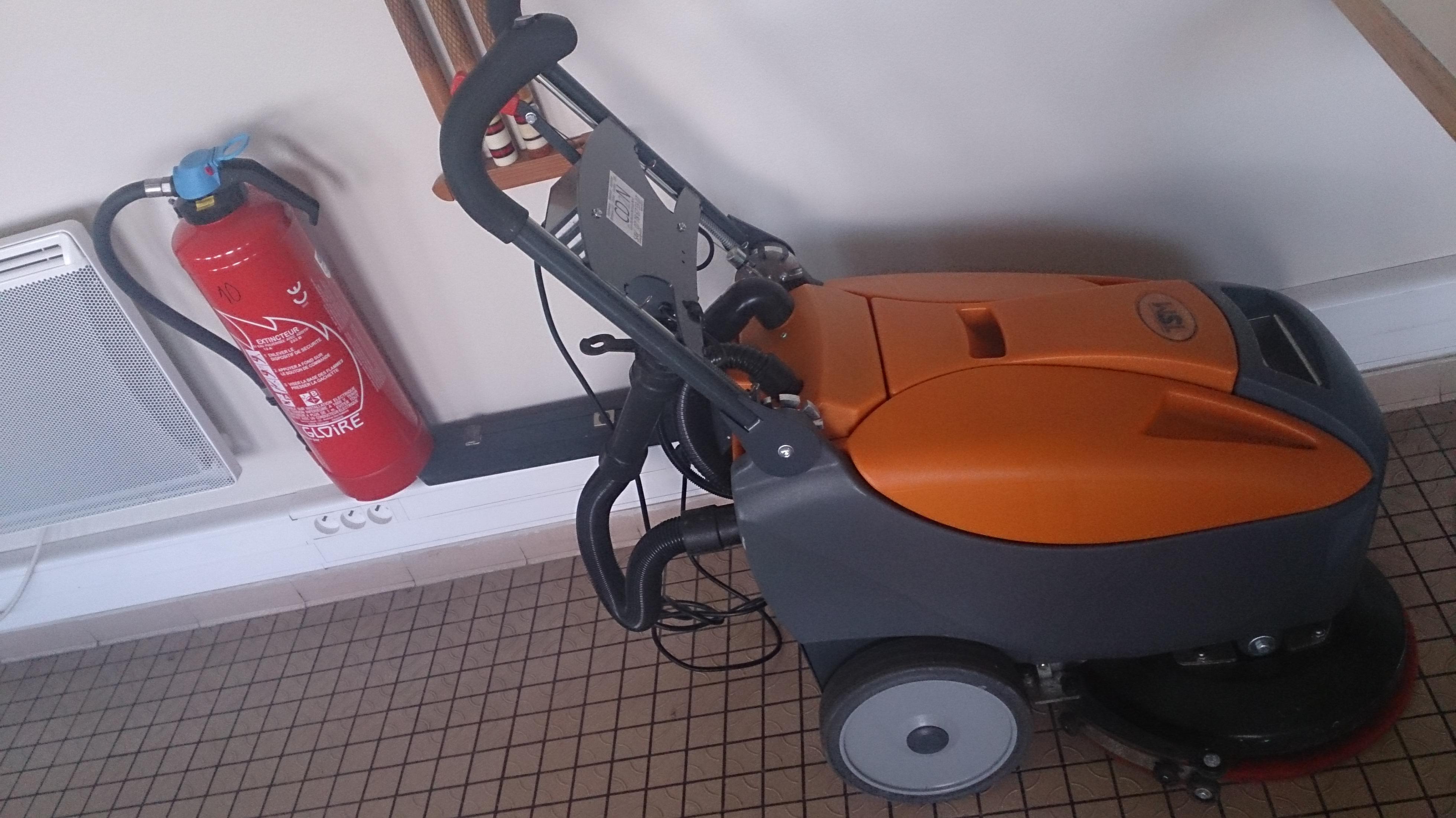 Auto-laveuse TSM GRANDE BRIO 35B location vente neuf ou occasion