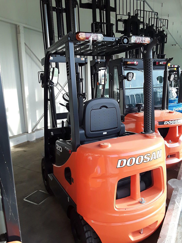 chariot élévateur à fourches DOOSAN D20SC-5 location vente neuf ou occasion
