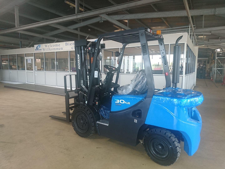 chariot élévateur à fourches DOOSAN D30GX PLUS location vente neuf ou occasion