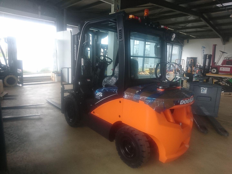 chariot élévateur à fourches DOOSAN G35C-7 location vente neuf ou occasion