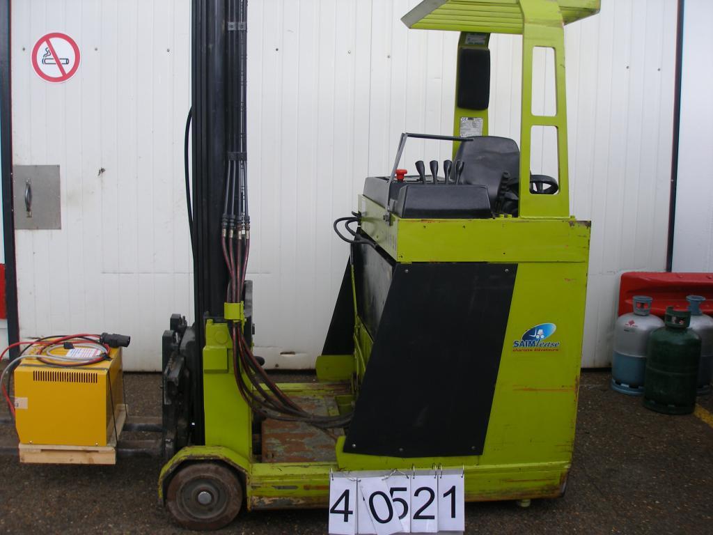 Chariot élévateur à mât rétractable CLARK-OMG RE 13 location vente neuf ou occasion