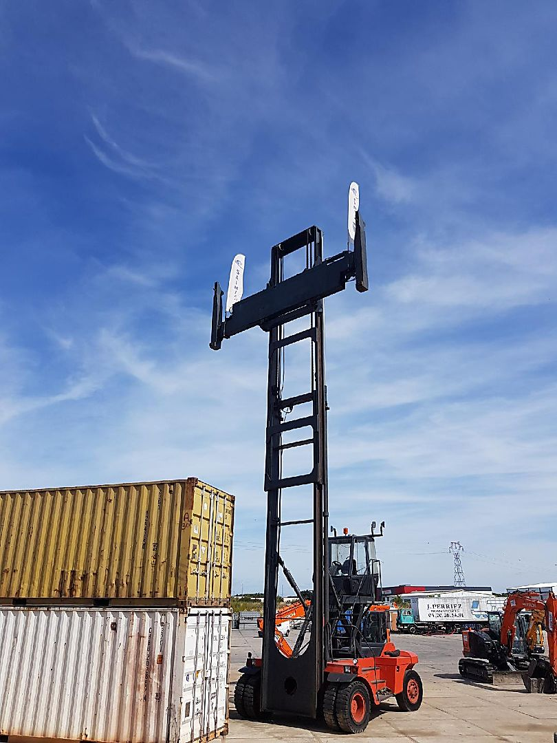 Porte-container vide FENWICK C80 location vente neuf ou occasion