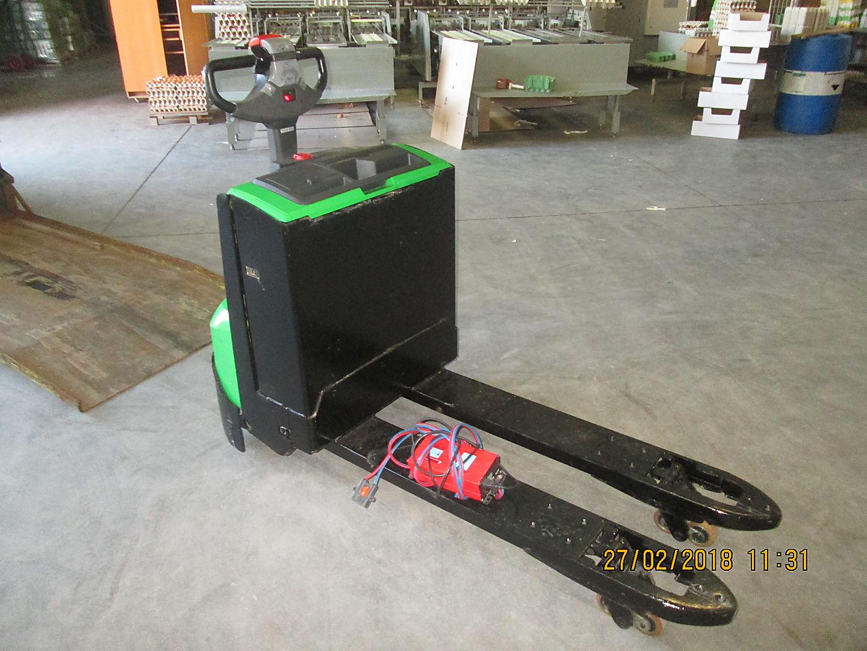 location vente occasion transpalette électrique CESAB P218