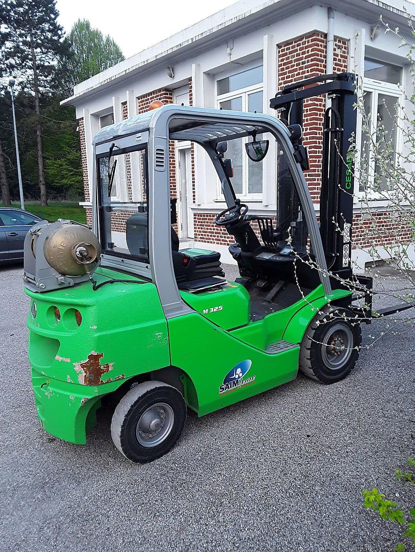 chariot élévateur à fourches CESAB M325GPL location vente neuf ou occasion