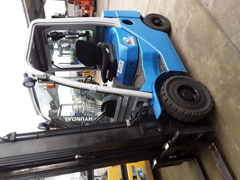 chariot élévateur à fourches CESAB M318 GAZ location vente neuf ou occasion