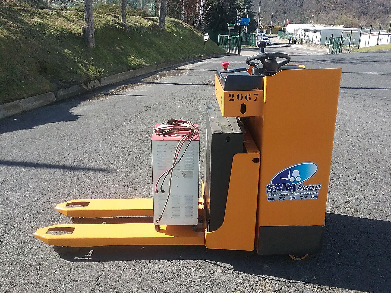 transpalette conducteur assis debout CLARK-OMG 420 RX location vente neuf ou occasion