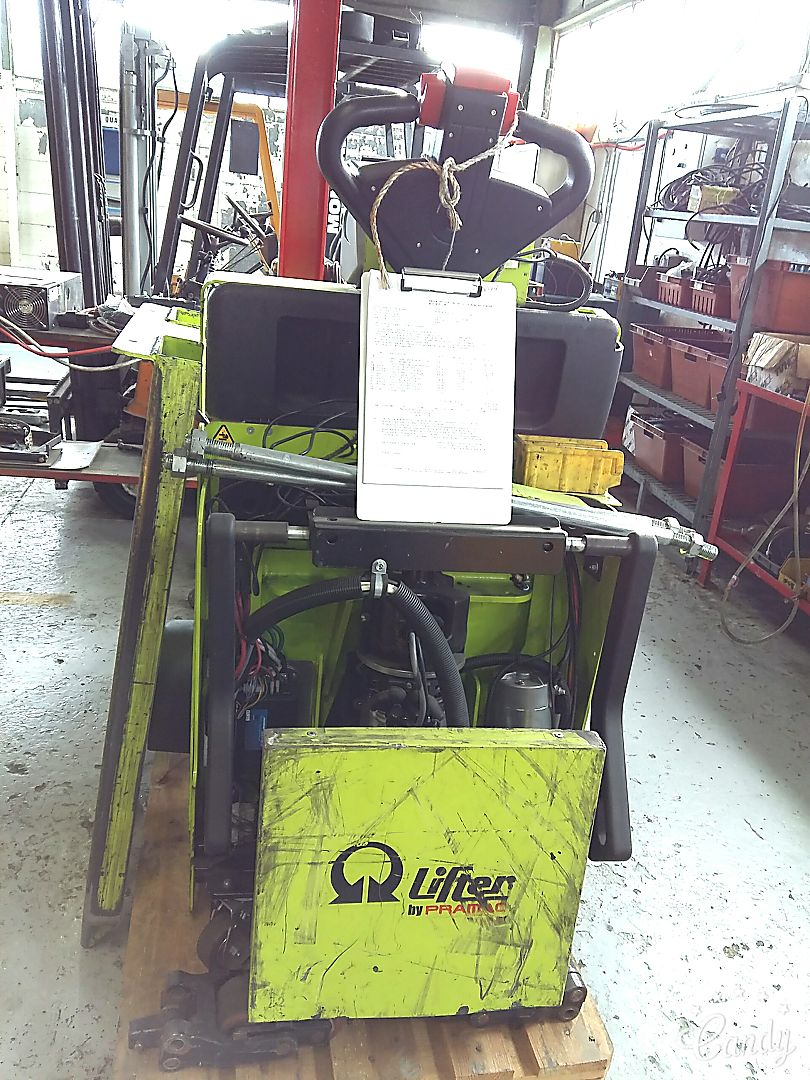 location vente occasion transpalette conducteur porté debout PRAMAC QX20P