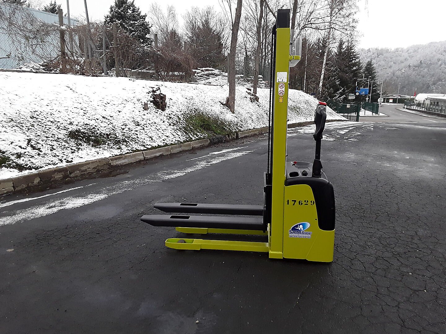 gerbeur à conducteur accompagnant LIFTER GX12 III location vente neuf ou occasion