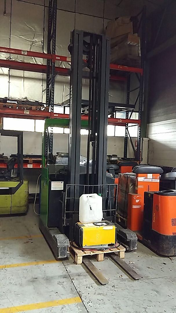 location vente occasion chariot élévateur à mât rétractable BT RRB3