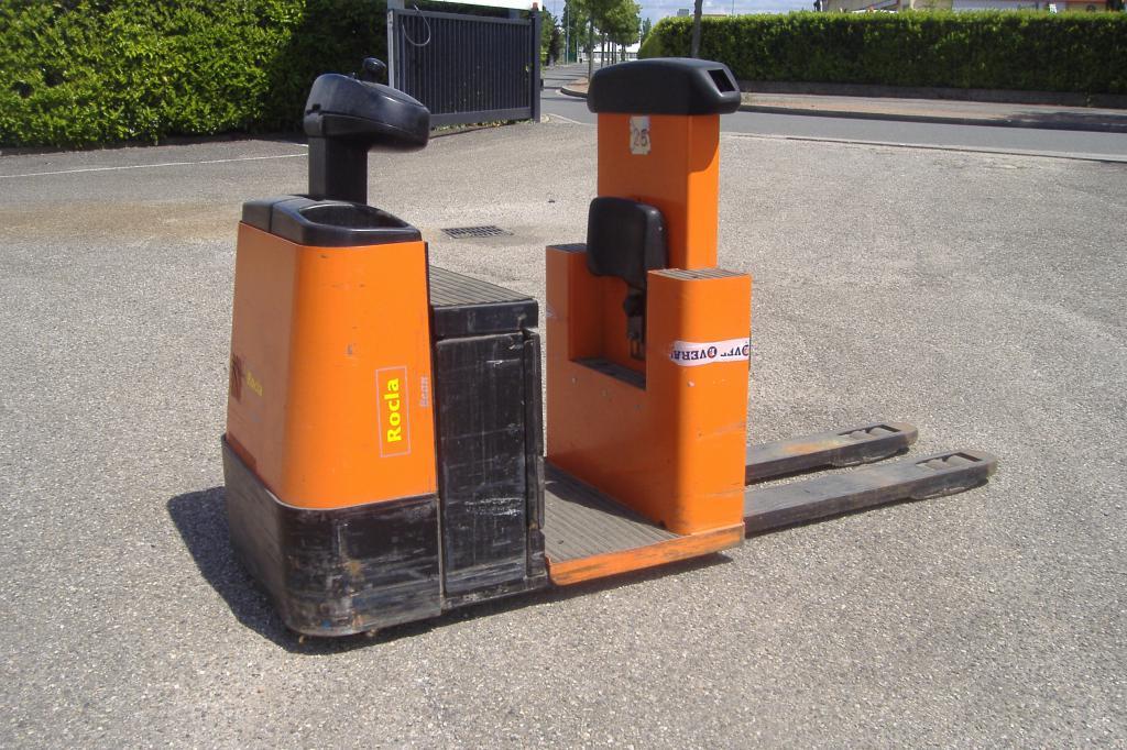 transpalette conducteur porté debout ROCLA P20 location vente neuf ou occasion