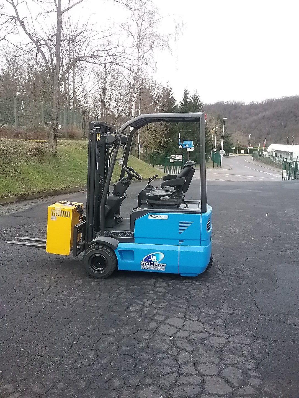 chariot élévateur à fourches OM-PIMESPO XE16 location vente neuf ou occasion